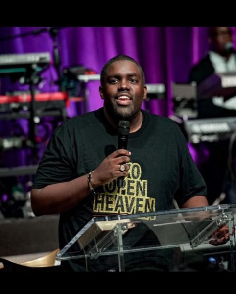 Pastor William McDowell Celebrates 44th Birthday